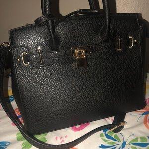 Handbags - Women's Black Handbag